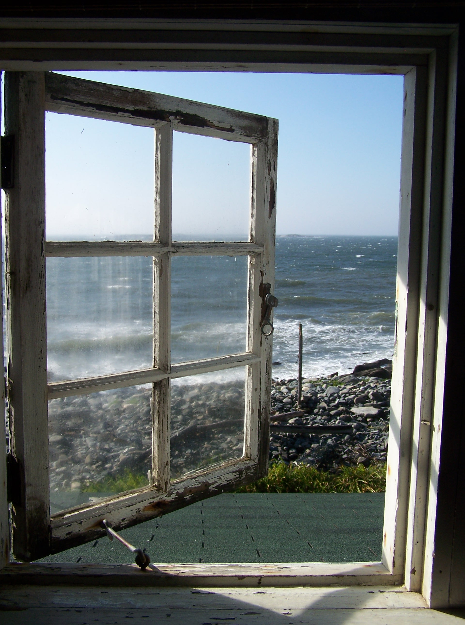 A window to my soul or from the cottage in maine for Vue de ma fenetre