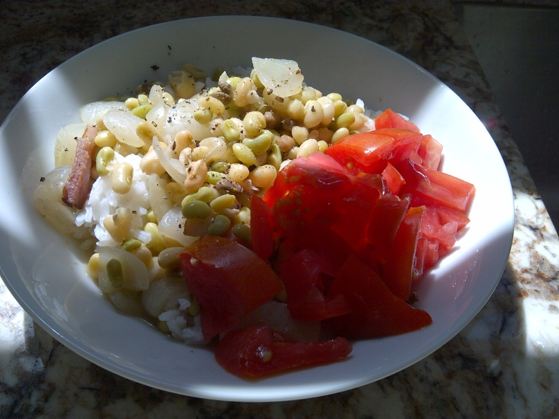 Field Peas, Rice and Tomatoes
