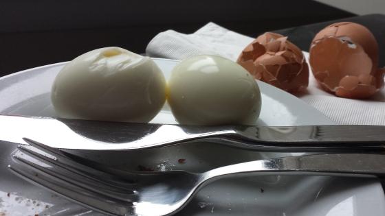 How to peel hard boiled eggs - Matt Thompson NPR