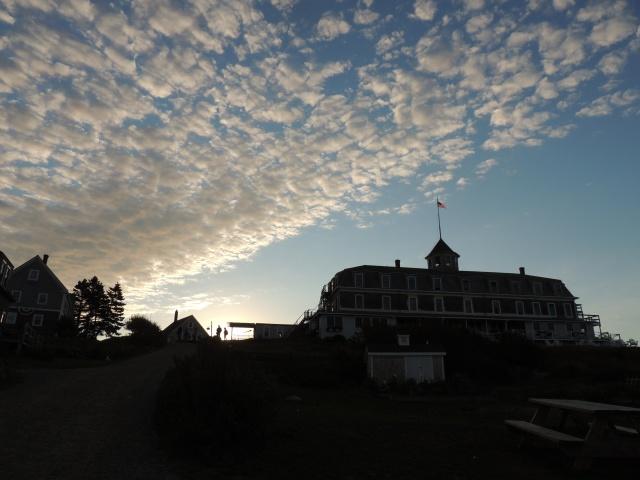 Island Inn Sky